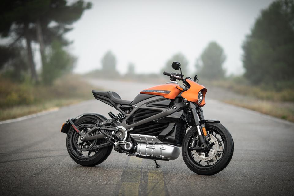 次世代のハーレーは電動!LiveWire(ライブワイヤー)はハーレーの新たな挑戦によって生まれたバイク! – MotoBe 20代にバイクのライフスタイルを提案するWEBマガジン、モトビー