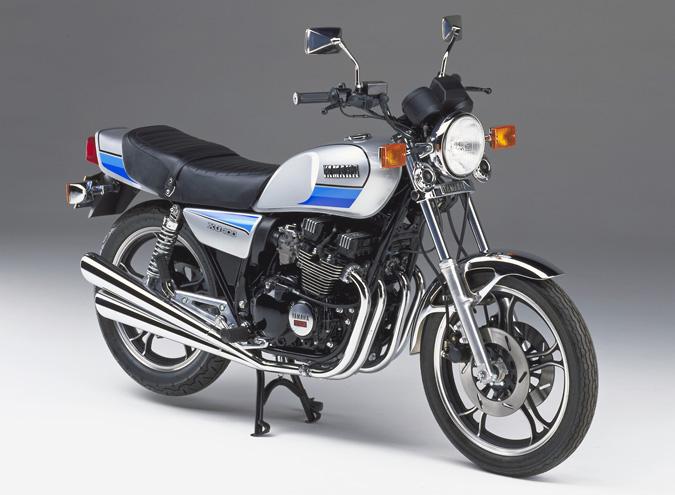 1981_XJ400D