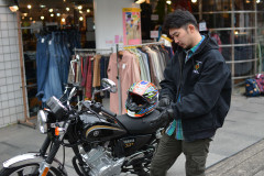 【追求】シンプルな古着はフルフェイスヘルメットを引き立ててくれる!?ヘルメットファッション企画第二弾!