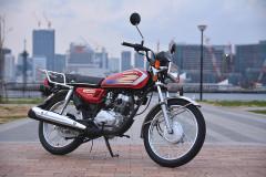 【アジア感】クセ強めのスタイル、Honda CG125は新車10万クラスで買える80年代的激安125!