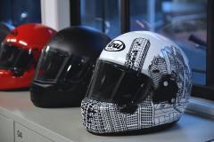 【お試し】ロアーズオリジナルがAraiラパイドネオの受注会を開催中!ここでしか出来ないヘルメットコーデがある?