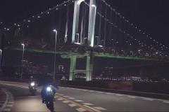 【シズル感】夜バイクとライダース!カドヤが公開したシーズンムービーが都内夜ツーに行きたくなる