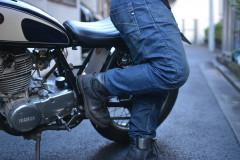 バイク用のGパンって普通のと何が違うの?編集部愛用のPMJで違いを徹底解説!